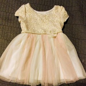 Pretty little dress